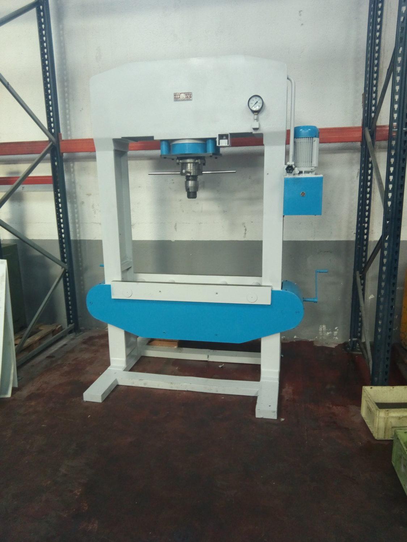 Prensa hidr ulica motorizada tipo taller anfe de 200 tns for Mesa de taller segunda mano