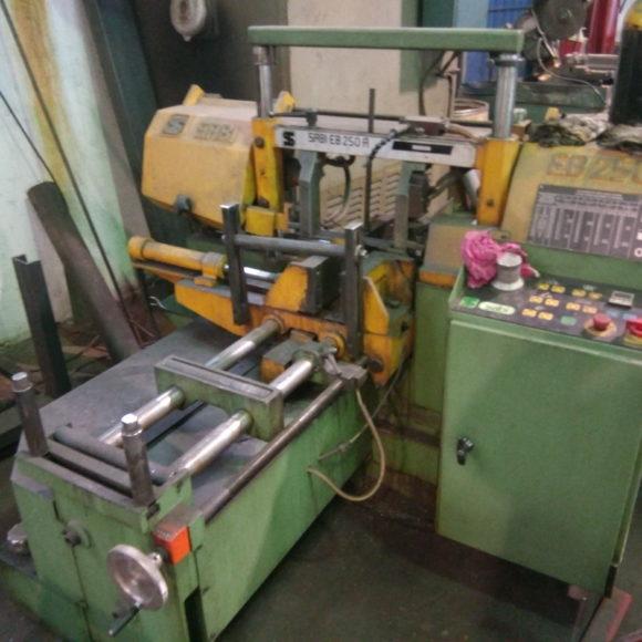 sierra de cinta automática usada