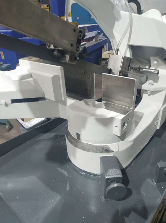 Sierra de cinta manual usada Thomas
