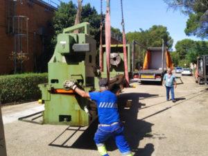 desmontaje de maquinaria industrial pesada