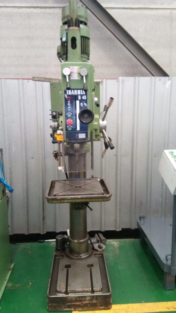 Taladro de columna cilíndrica de segunda mano. Si no es la máquina que busca consulte nuestra gama de taladros de columna de segunda mano.