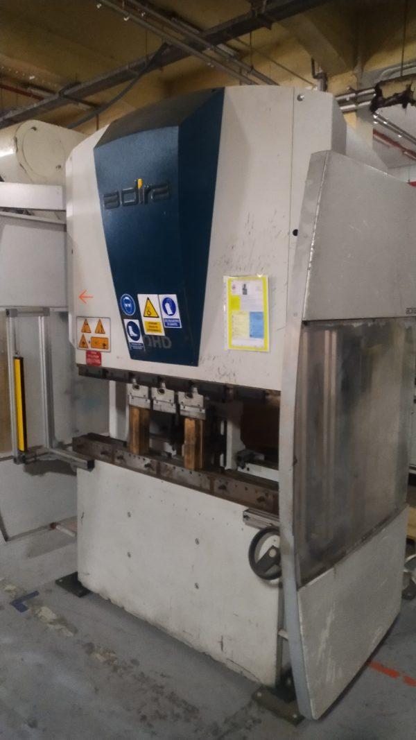plegadora hidráuica CNC